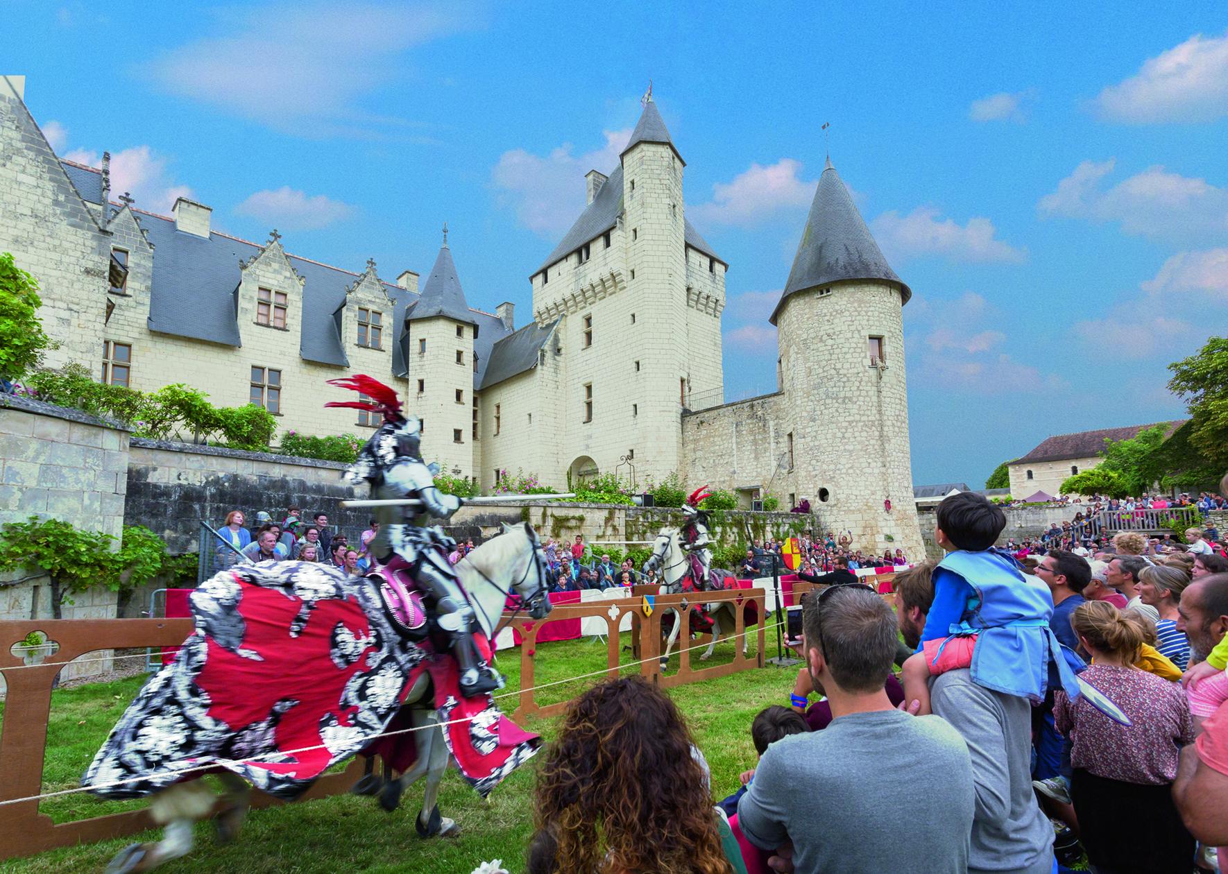 Joutes équestres au Château du Rivau