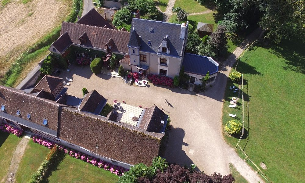 Manoir-de-la-Maison-Blanche-1