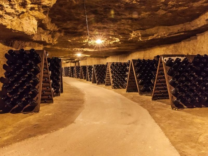 Cave de Vouvray – Cave troglodytique – France